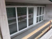 04.08.2014 - Balkon mit Fensterfront hofseitig